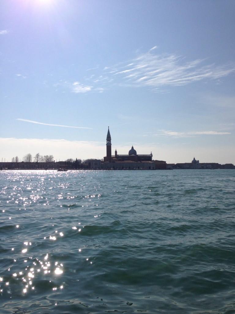 ヴェネツィア本島から見たサンジョルジョ島
