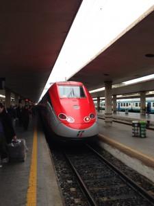 ボローニャからフィレンツェ行きの電車